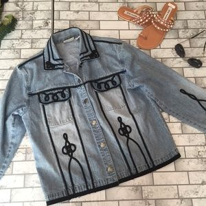 Chicos denim jacket with black piping light wash